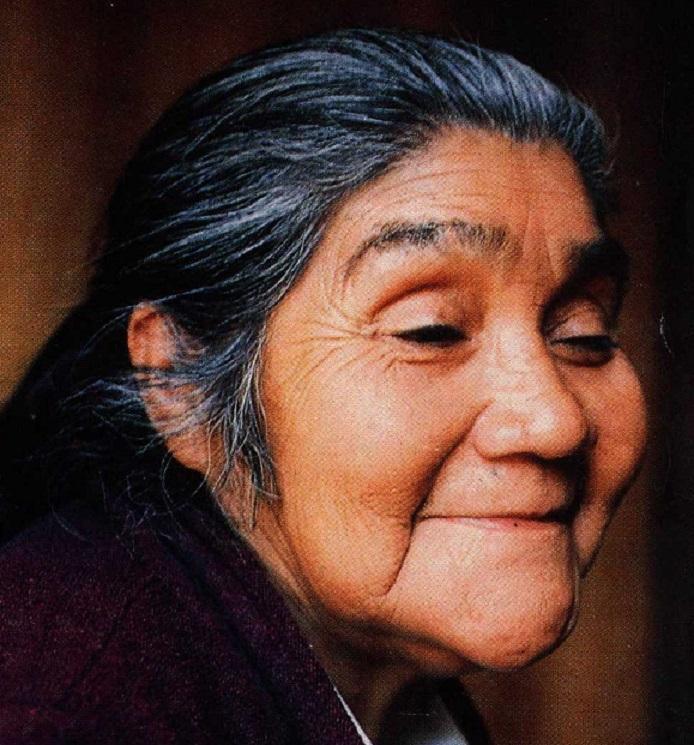 Quinchao: Homenaje a la gran Rosario Hueicha