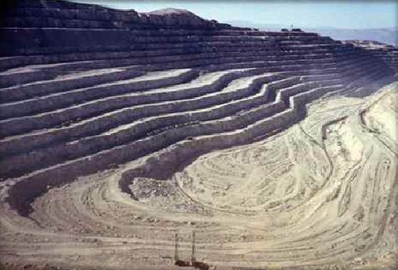 Prohíben explotación de oro a cielo abierto en Costa Rica